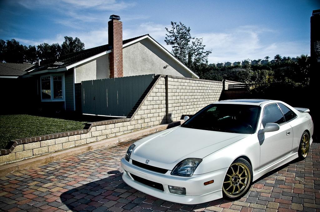 Honda Prelude 5th Gen White