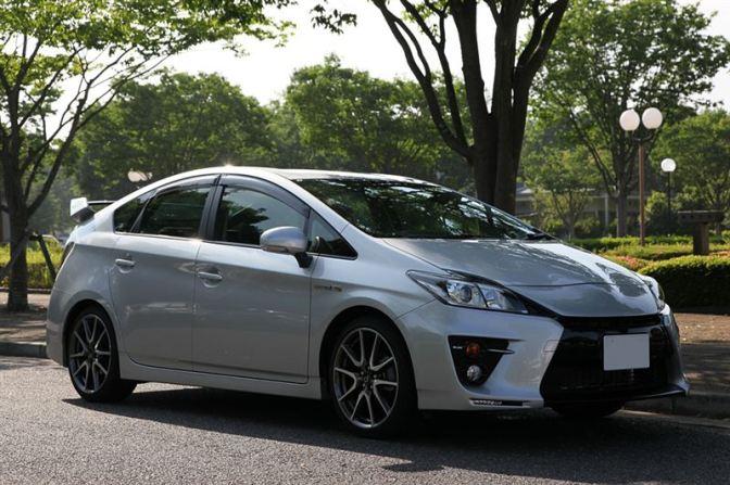 Toyota Prius GRMN