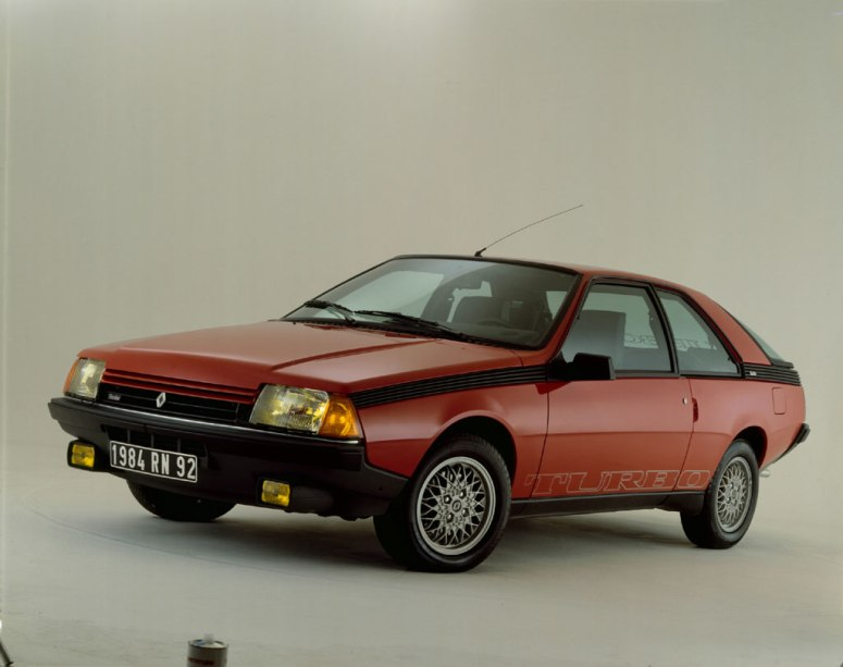renault_fuego_turbo-120