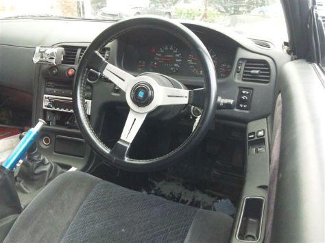 interior de r33 en r32!!!